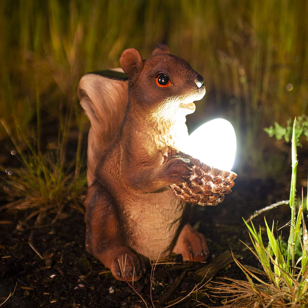 Squirrel Solar Light